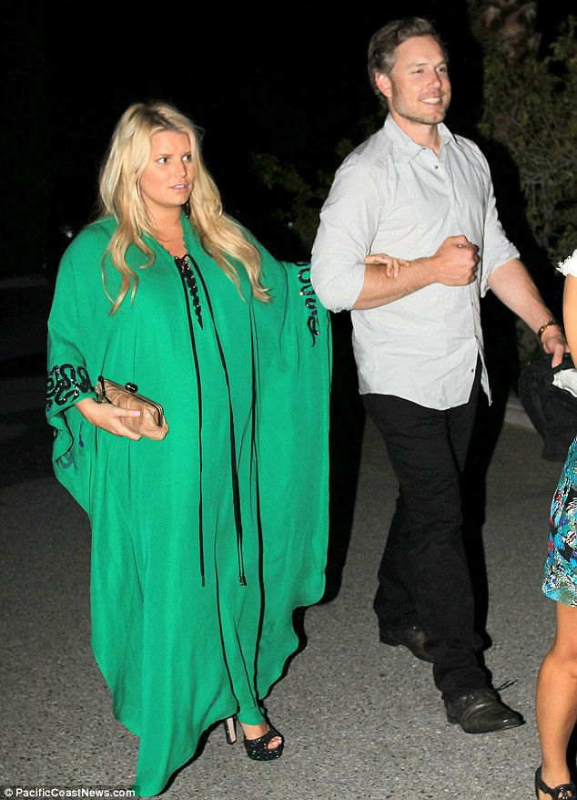 Jessica Simpsons Emerald Engagement Ring