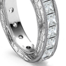 Alternately arranged links of all diamonds, with large diamond or other important gem as center