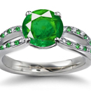 EMERALD & DIAMOND - 14kt RING