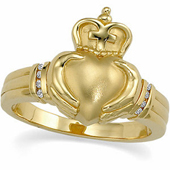 Claddagh Wedding Ring. Available in Yellow Gold and White Gold