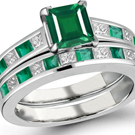 14k Gold Ring with Eemerald