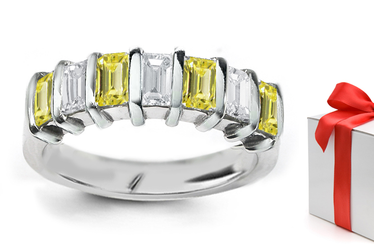Diamond Color : H | Diamond Clarity : SI1 | Diamond Setting: Bar