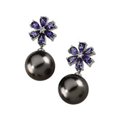 Real Tanzanites and Pearls Flower Earrings in White Gold